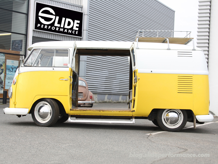 Combi-Split-1963-Slide-Performance