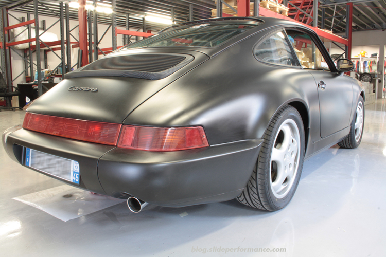 Covering-Porsche-Slide-Performance